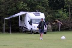 Mick feeding kites